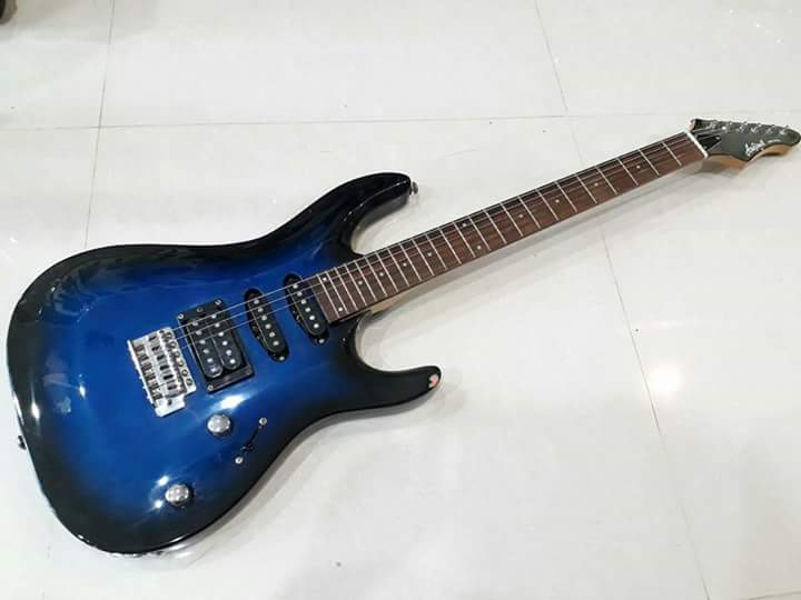 Aria pro II MAC  blue sunburst korea