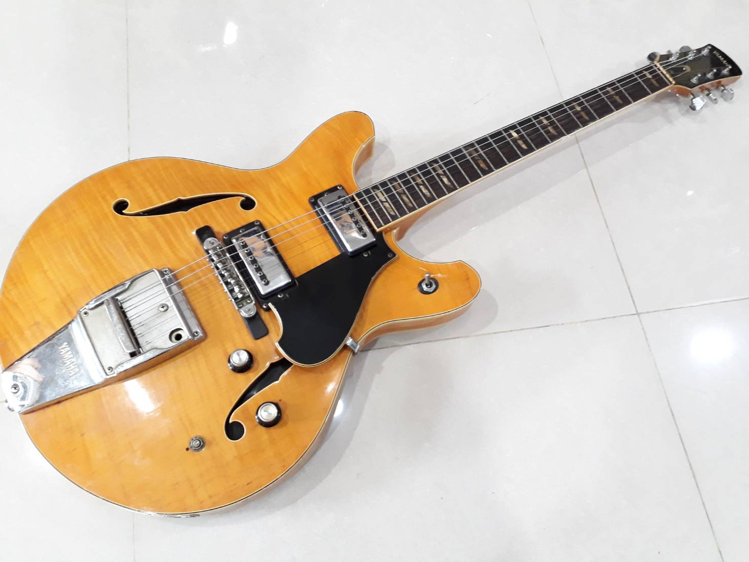 Yamaha SA 50 semi hollow japan 1960s