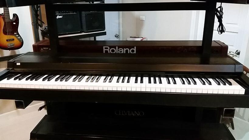 Piano Yamaha CLP-300