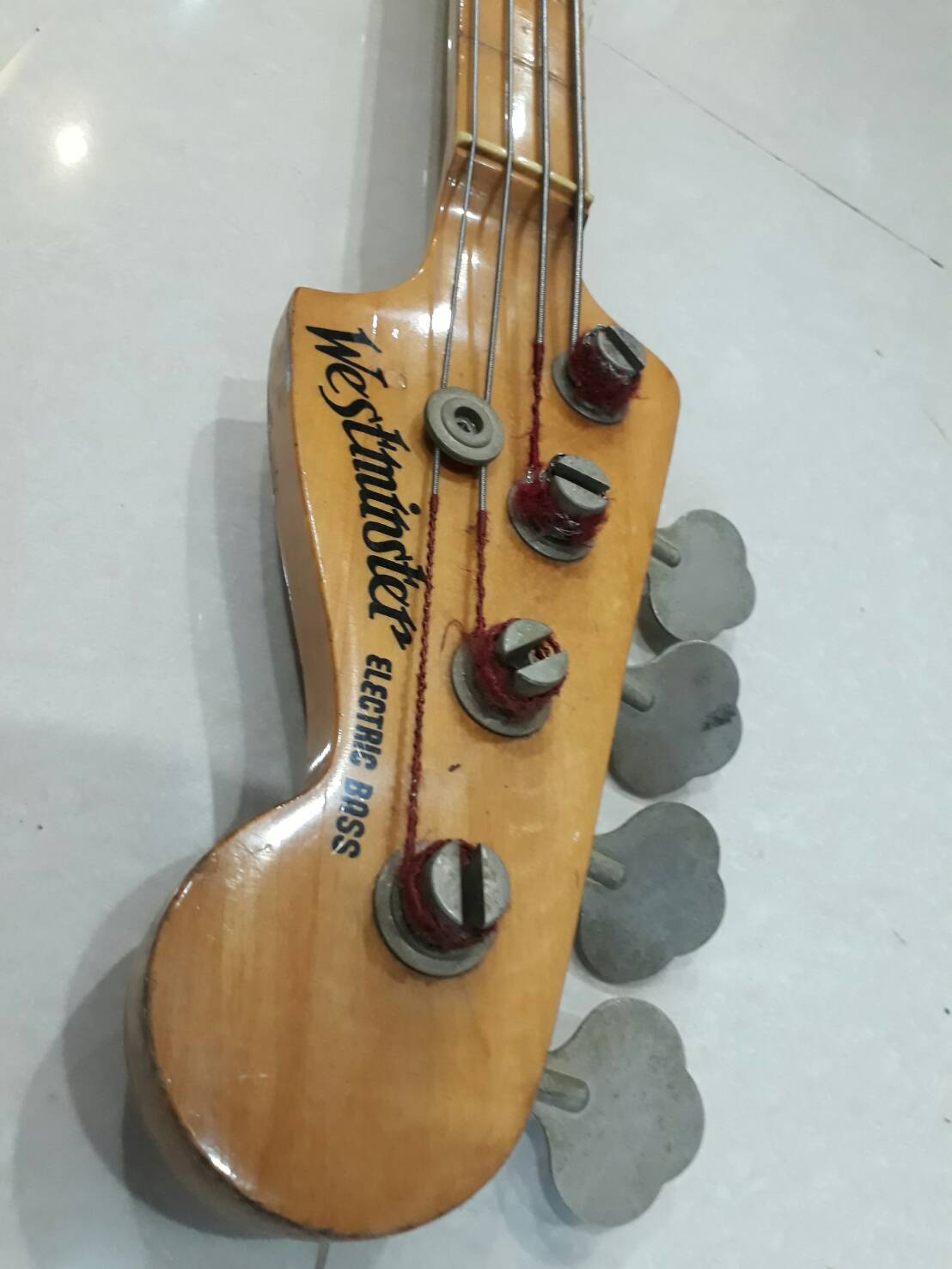 westminster p bass vintage japan fretlessไม่มีเฟรต