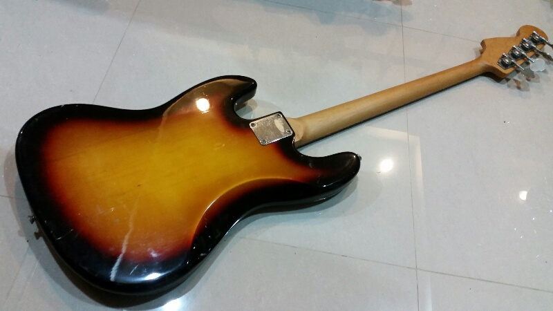 Legend jazzbass sunburst